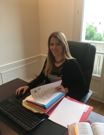Avocate travaillant dans le cabinet de Maître Sylvie Noachovitch